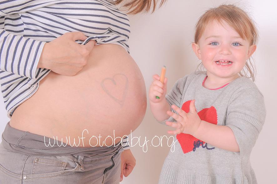 Fotógrafa Infantil en Granada fotobaby embarazada