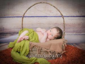 Fotografías de bebé y niños en granada, estudio, reportajes y sesiones fotográficas en Granada. Fotografa FotoBaby (1)