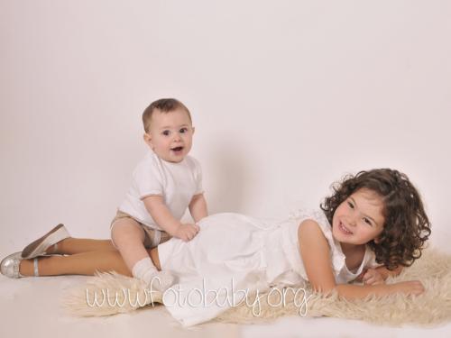 Fotografías de bebé y niños en granada, estudio, reportajes y sesiones fotográficas en Granada (7)