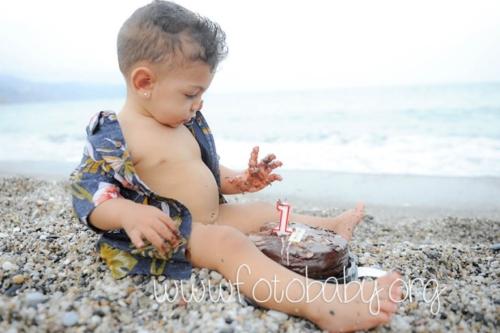 Smash-the-Cake-Sesión-de-Cumpleaños-en-Granada-FotoBaby-fotografa-infantil-bebes-familias