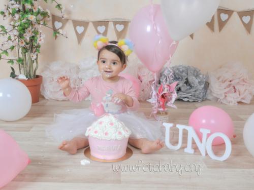 Smash Cake sesión fotográfica divertida fotobaby fotografa infantil en granada new born embarazo familiar recién nacido (10)