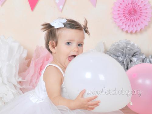 Smash Cake sesión fotográfica divertida fotobaby fotografa infantil en granada new born embarazo familiar recién nacido (14)
