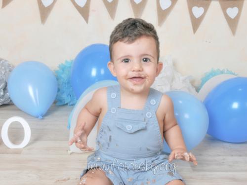 Smash Cake sesión fotográfica divertida fotobaby fotografa infantil en granada new born embarazo familiar recién nacido (21)