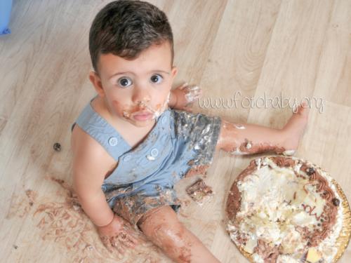 Smash Cake sesión fotográfica divertida fotobaby fotografa infantil en granada new born embarazo familiar recién nacido (23)