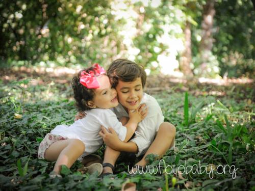 sesiones familiares en exteriores granada bebe fotobaby fotografos fotografa reportajes infantiles (5) (2)